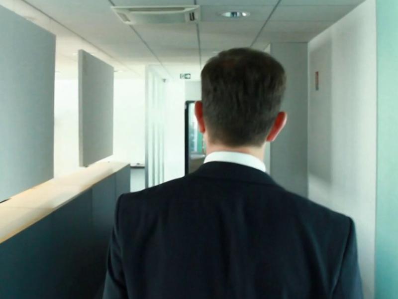 BUZZ – Série de 8 vidéos teaser – Jeu concours 2013 «Dans le bureau de?»